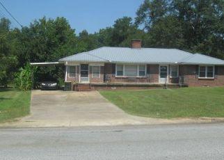 Pre Foreclosure in Lanett 36863 VETERANS MEMORIAL PKWY - Property ID: 1324182119