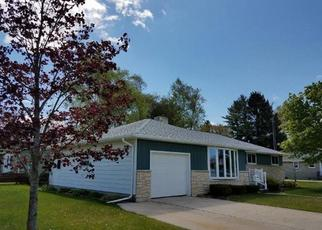 Pre Foreclosure in Two Rivers 54241 GLENWOOD ST - Property ID: 1324256136