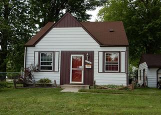 Pre Foreclosure in Garden City 48135 MARQUETTE ST - Property ID: 1324301701