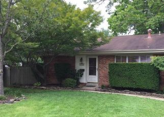 Pre Foreclosure in Fairfax 22030 SIDEBURN RD - Property ID: 1324486975