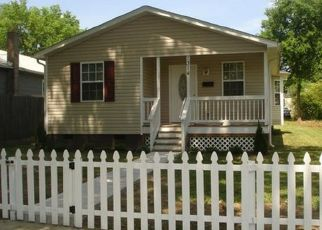 Pre Foreclosure in Richmond 23223 N 34TH ST - Property ID: 1324497922