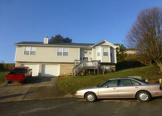 Pre Foreclosure in Knoxville 37918 RAMBLING BROOKS LN - Property ID: 1324697178
