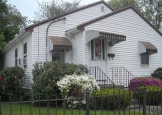 Pre Foreclosure in Hyde Park 02136 SUMMER ST - Property ID: 1324780848