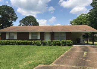 Pre Foreclosure in Memphis 38118 PRIDE CV - Property ID: 1324866689