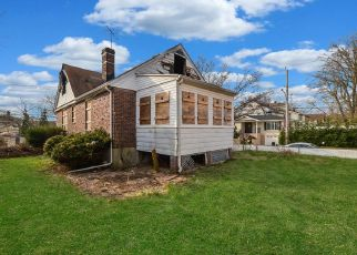 Pre Foreclosure in Staten Island 10306 EDISON ST - Property ID: 1325039236