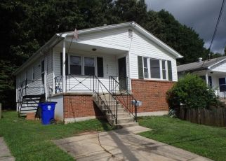 Pre Foreclosure in College Park 20740 34TH AVE - Property ID: 1325165381
