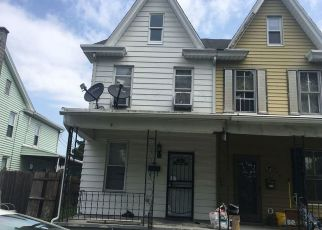 Pre Foreclosure in Highspire 17034 ELIZABETH ST - Property ID: 1325393570