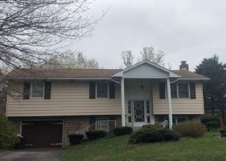 Pre Foreclosure in Millersburg 17061 PARK LN - Property ID: 1325428161