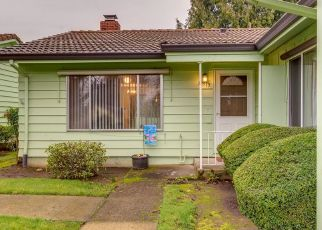 Pre Foreclosure in Portland 97233 SE MAIN ST - Property ID: 1325790365