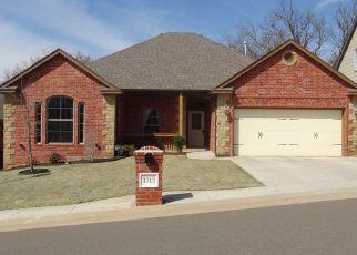 Pre Foreclosure in Edmond 73034 OAKRIDGE CIR - Property ID: 1325857829
