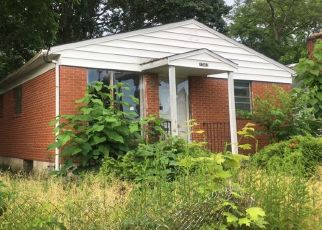Pre Foreclosure in Columbus 43211 MYRTLE AVE - Property ID: 1326043971