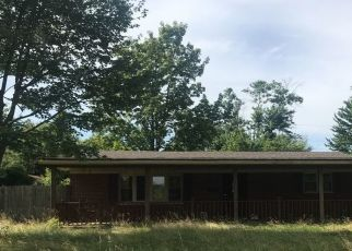 Pre Foreclosure in Crothersville 47229 W WALNUT ST - Property ID: 1326083824