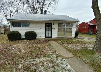 Pre Foreclosure in Shelbyville 46176 WELLINGTON BLVD - Property ID: 1326117542