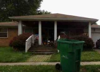 Pre Foreclosure in Shelbyville 46176 GRANDVIEW DR - Property ID: 1326119731