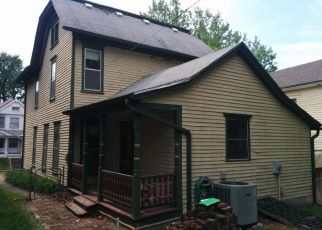 Pre Foreclosure in Saint Joseph 64501 BONTON ST - Property ID: 1326614642