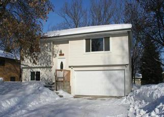 Pre Foreclosure in Osseo 55369 MAPLE VALLEY DR - Property ID: 1326704871