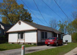 Pre Foreclosure in Petoskey 49770 ELIZABETH ST - Property ID: 1326809535