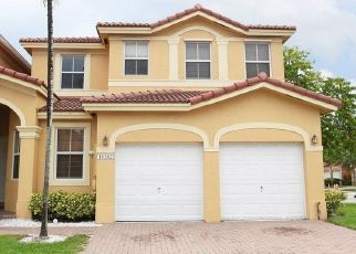 Pre Foreclosure in Miami 33186 SW 137TH PL - Property ID: 1326880492