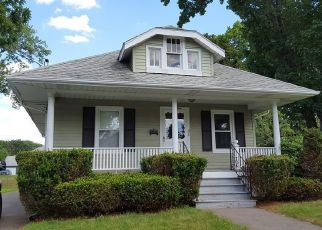 Pre Foreclosure in Chicopee 01020 KEITH ST - Property ID: 1326909394