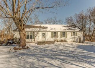 Pre Foreclosure in Troy 62294 JORDAN RD - Property ID: 1326954505