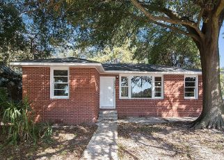 Pre Foreclosure in Baton Rouge 70805 WINBOURNE AVE - Property ID: 1326982536