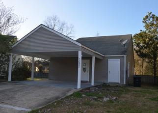 Pre Foreclosure in Baton Rouge 70817 POINT AVERY DR - Property ID: 1326993934