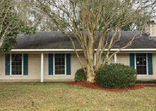 Pre Foreclosure in Baton Rouge 70817 BAINBRIDGE AVE - Property ID: 1327026779