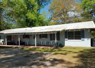 Pre Foreclosure in Baton Rouge 70818 HOOPER RD - Property ID: 1327041666