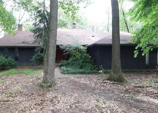 Pre Foreclosure in Fogelsville 18051 APPLEWOOD LN - Property ID: 1327111752