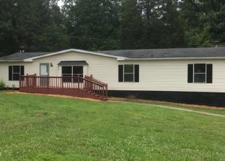 Pre Foreclosure in Elizabethtown 42701 DEER HAVEN DR - Property ID: 1327171303