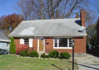 Pre Foreclosure in New Albany 47150 INDIANA AVE - Property ID: 1327203720