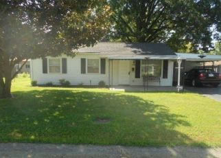 Pre Foreclosure in New Albany 47150 BEACON DR - Property ID: 1327213348