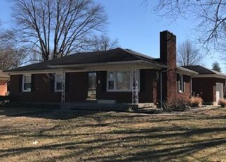 Pre Foreclosure in Louisville 40216 SAN JOSE AVE - Property ID: 1327219930