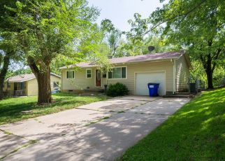 Pre Foreclosure in Junction City 66441 JOHNSON DR - Property ID: 1327303574