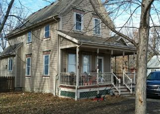 Pre Foreclosure in Osawatomie 66064 1ST ST - Property ID: 1327326342