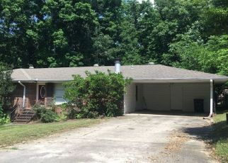 Pre Foreclosure in Fultondale 35068 MAPLECREST DR - Property ID: 1327358763