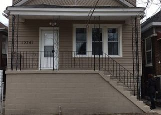 Pre Foreclosure in Chicago 60617 S AVENUE N - Property ID: 1327529117