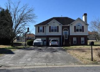 Pre Foreclosure in Powder Springs 30127 BARNWELL TRCE - Property ID: 1327865492