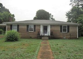 Pre Foreclosure in Florence 35630 MCBURNEY DR - Property ID: 1328909621