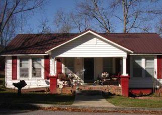 Pre Foreclosure in Clanton 35045 4TH AVE S - Property ID: 1328969626