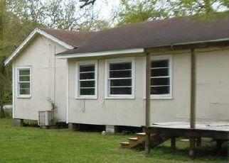 Pre Foreclosure in La Marque 77568 N HOUSTON DR - Property ID: 1329418101