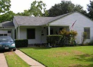 Pre Foreclosure in La Marque 77568 OLEANDER DR - Property ID: 1329427304