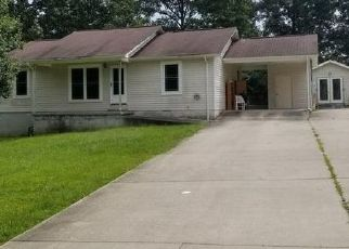 Pre Foreclosure in Crossville 38555 BENT TREE DR - Property ID: 1329475935