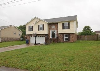 Pre Foreclosure in Clarksville 37042 DRESDEN WAY - Property ID: 1329501769