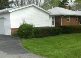 Pre Foreclosure in Belleville 62226 FREEDOM DR - Property ID: 1329775495