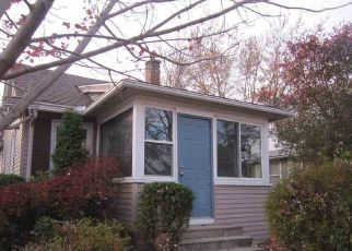 Pre Foreclosure in Rock Island 61201 40TH ST - Property ID: 1329835950