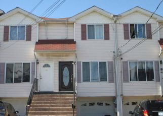 Pre Foreclosure in Staten Island 10304 WRIGHT ST - Property ID: 1329853904