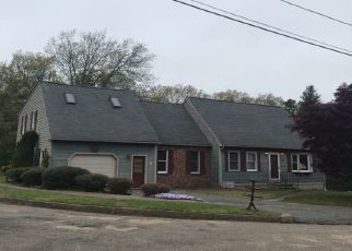 Pre Foreclosure in Coventry 02816 SHERI DR - Property ID: 1329878866