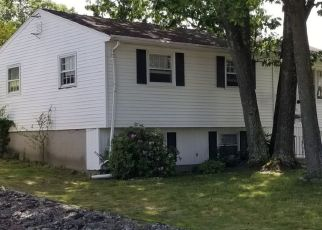 Pre Foreclosure in North Providence 02911 STELLA DR - Property ID: 1329879292