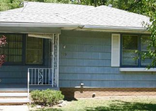 Pre Foreclosure in Peoria 61603 E SENECA PL - Property ID: 1330045736
